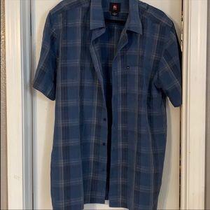 🌺Quicksilver men's blue plaid short sleeve top XL